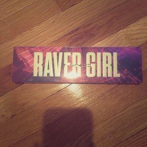 MAC Girls Raver Girls Eyeshadow & Highlighter